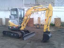 Mini-Escavadeira New Holland E35B