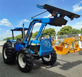 Trator Agrícola New Holland 7630