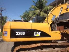 Escavadeira Caterpillar 320D