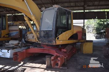 Escavadeira Caterpillar 320C
