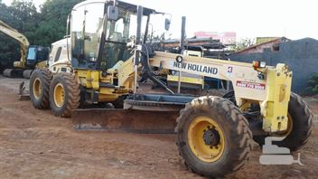 Motoniveladora New Holland RG170B