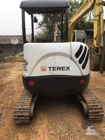 Mini-Escavadeira Terex TC37