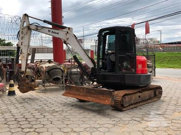Mini-Escavadeira Bobcat E50
