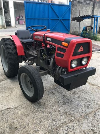 Trator Agrícola Agrale 4100
