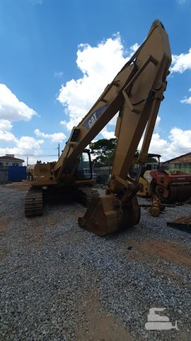 Escavadeira Caterpillar 320B